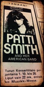 Patti Smithin ja bändin keikkaa mainostettiin Turun Sanomissa.